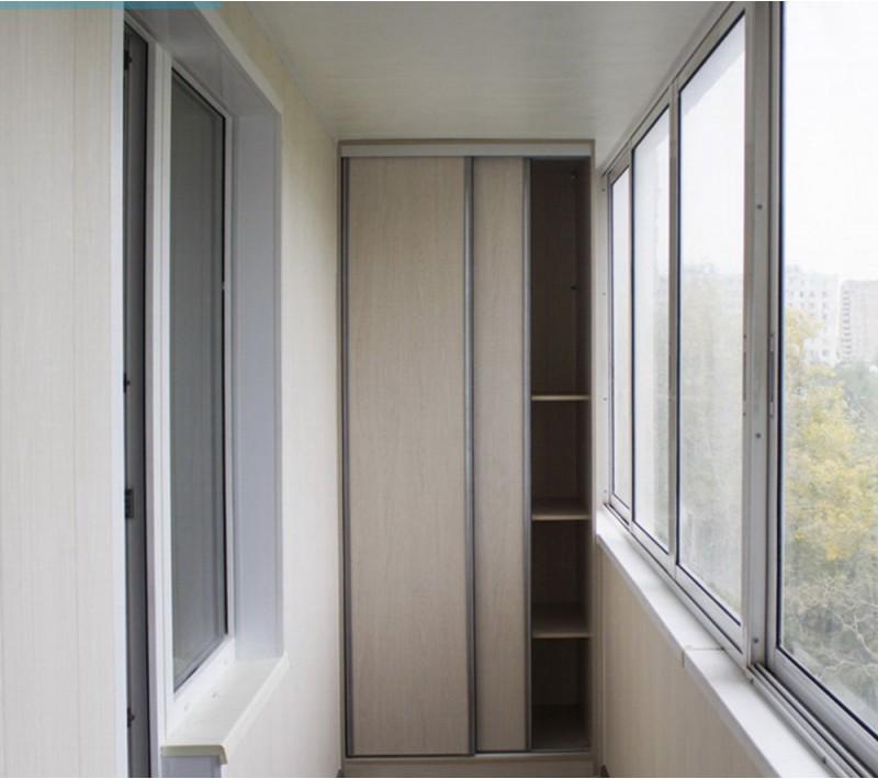 Встраиваемые шкафы купе на балкон