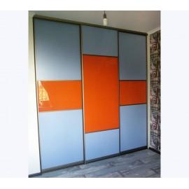 Двери купе цветное стекло