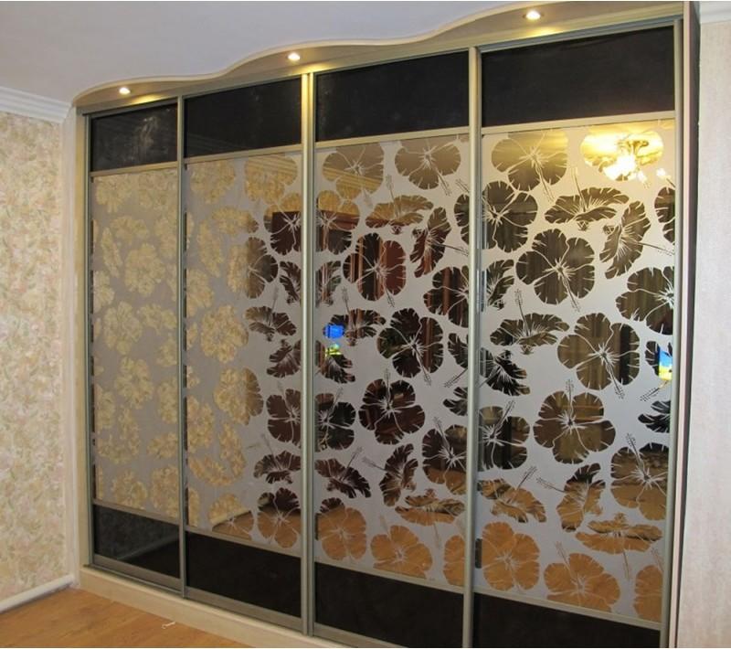 Пескоструйные двери купе с зеркалами