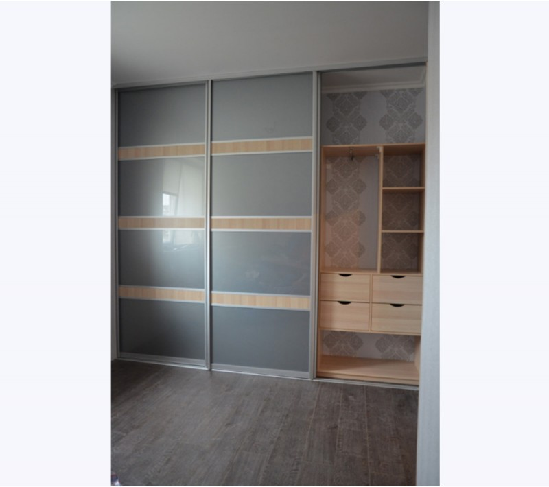 Шкафы купе без зеркала