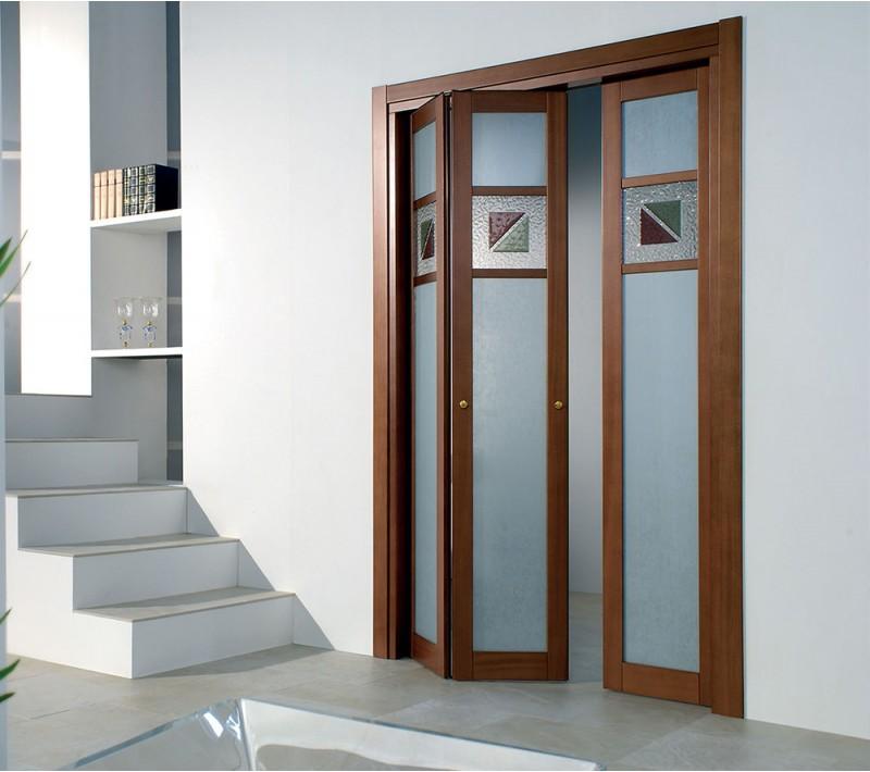Стеклянная раздвижная дверь гармошка