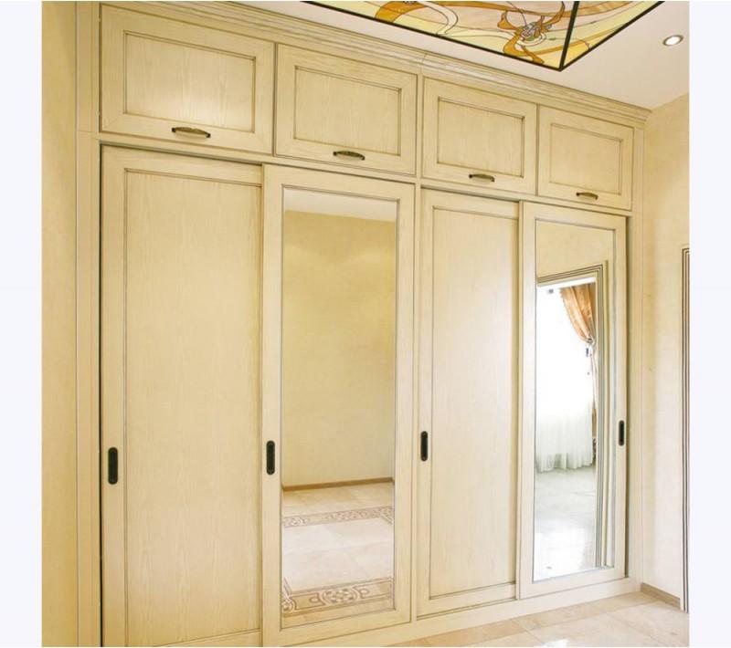 Шкаф купе классика с зеркалами